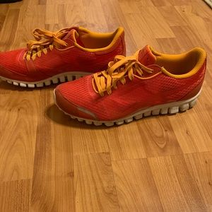 Men's running shoes  size 10